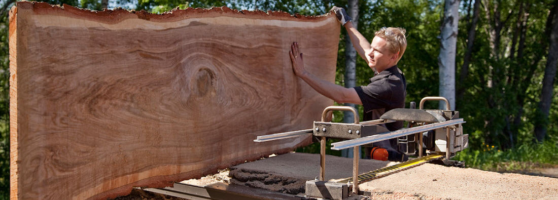 Chainsaw mill slab cut